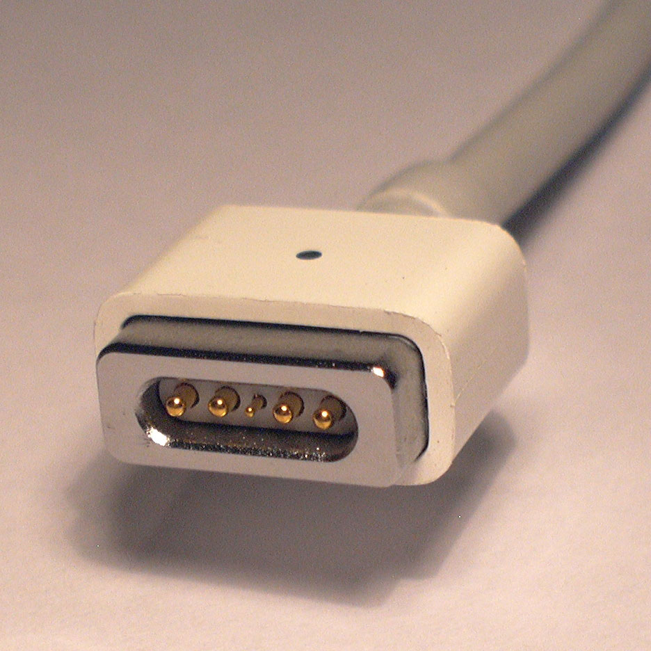 Dc Auto Airline Magsafe Power Supply